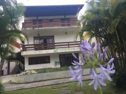 Casa com 4 dormitórios à venda, 400 m² por R$ 750.000,00 - Carlos Guinle - Teresópolis/RJ