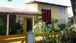 Casa pra aluguel há aproximadamente 100 metros da praia em Tamandaré