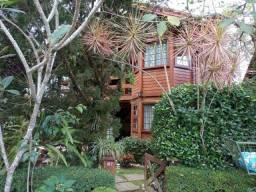 Casa com 4 dormitórios à venda, 158 m² por R$ 600.000,00 - Vargem Grande - Teresópolis/RJ