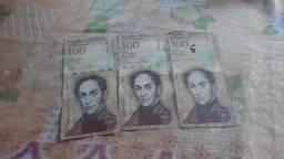 3 notas de 100 bolivares