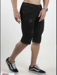 Bermuda Jeans Preta com Detalhes