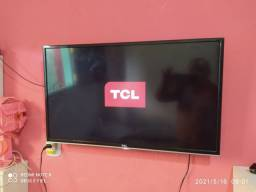 TV TCL toda em ordem