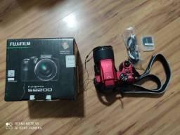 Câmera Fujifilm Finepix S8200 TROCO
