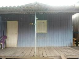 V/T Casa de madeira