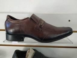 Título do anúncio: Lindos e confortáveis Sapatos Sociais Pegada - Confira!
