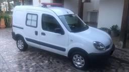 Ambulância de Transporte - Excelente Estado de Conservação/Baixo KM