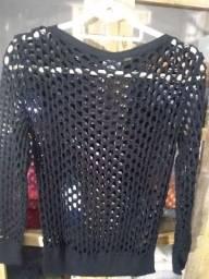 Blusa tricô vazada