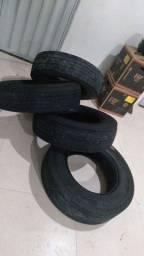 vendo 4 pneus caminhão 3/4