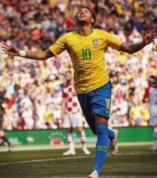 Camiseta de Futebol da Seleção Brasileira | autografada pelo NEYMAR JR