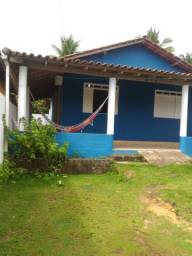 Casa em Cumuruxatiba dois quartos/ aluguel