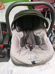Bebê conforto completo com todos os acessórios