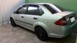 Fiesta Sedan 05 - 2005