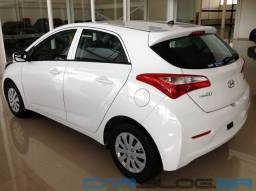 HB20 branco Hyundai confort plus 1.0 Manual 2013
