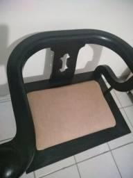 Cadeira de apoio em madeira