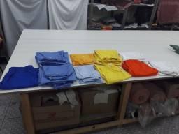 16 calças de Brim