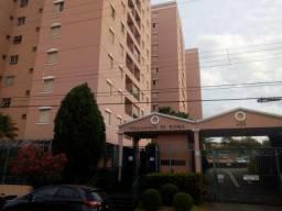 Apartamento com 3 dormitórios para alugar, 0 m² por R$ 850,00/mês - Centro - Uberaba/MG