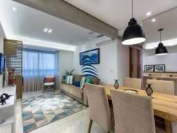 Apto belíssimo, projeto moderno, arejado, condomínio clube. Frente mar, ventilação cruzada