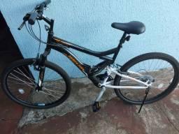 Bicicleta semi nova aro 26