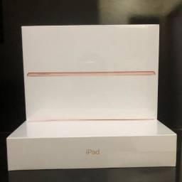 iPad 8 , 128GB/ Wi-Fi