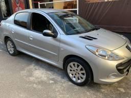 Peugeot 207 1.6 16v flex 2011