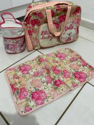 Kit bolsa , frasqueira e trocador lilica ripilica