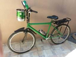 Vendo Bike 18 marchas com cestinha do barril da Heineken