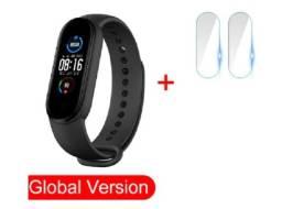 Smartwatch Xiaomi Mi Band 5 Versão Global Preto +2 Películas+Brinde Até 12x S/J