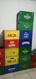Vendo engradados de cerveja 600