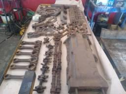 Peças do Motor - Trator Massey 299 - Cabeçote, Bielas, Cárter, etc