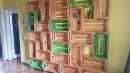 40 Caixas estilo natural formando duas prateleiras lindas!