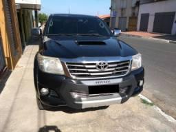Vendo Hilux SR 3.0 Automatica Diesel 2013