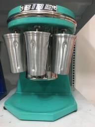 Batedor de milk shake 3 copos sire