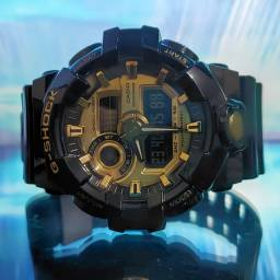 Relógio serie especial  Black gold Casio G-Shock Analógico Digital GA-710GB-1ADR Preto