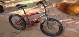 Vendo ou Troco Bike BMX em BIKE aro 26