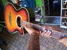 Vendo um violão tagima vegas bem conservado
