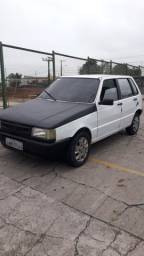 "FIAT UNO MILLE ANO 2000  BÁSICO $ 4.500  F. 98421""7196"
