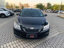 Chevrolet - Onix LT 2015