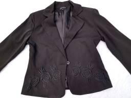 Conjunto de blazer e calça social feminino usados por 80,0