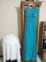 Vestido longo usado uma vez