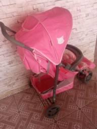 Carrinho de bebê rosa Novíssimo