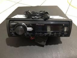 Rádio Pioneer com Bluetooth