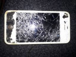IPhone 4s tela trincada