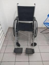 Cadeira de Rodas Jaguaribe (Até 120KG)
