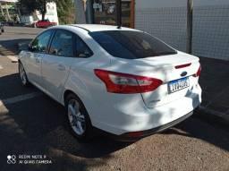 Focus Sedan 2.0 Único dono 2014 zerado