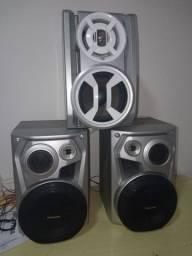 Três caixas de som da Panasonic boas