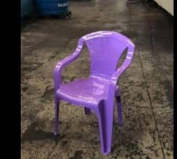 Jogo de mesa lilás. Pouco usada.