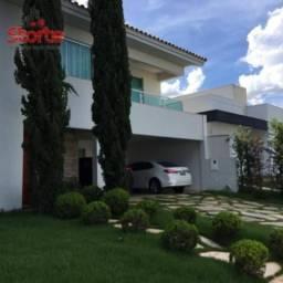 Casa estilo sobrado alto padrão em cond. fechado com 4/4 à venda, 308m² por R$ 2.200.000 -