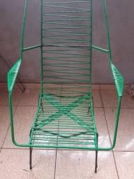 Cadeira de Fio Ferro Maciço