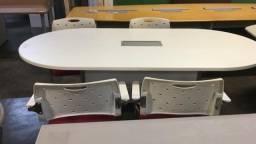 Mesas para reunião novas e usadas