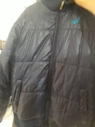 Título do anúncio: Jaqueta grossa Asics